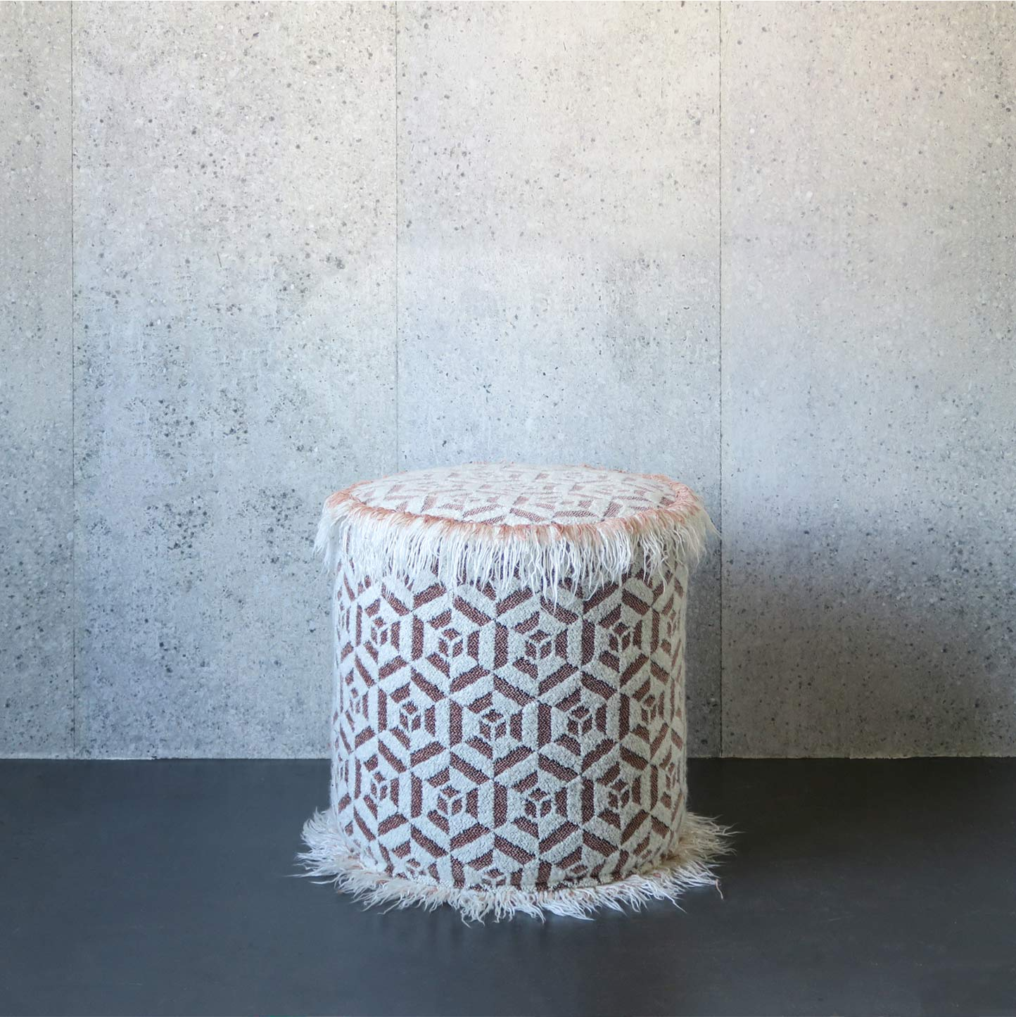 cocoon-powder-pouf-hailey-soft-up