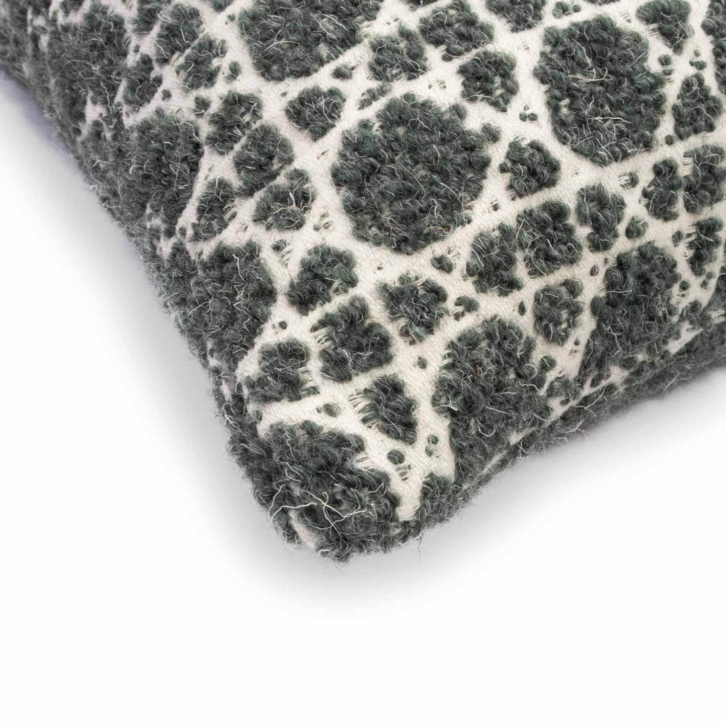 cushion-cannage-green-side