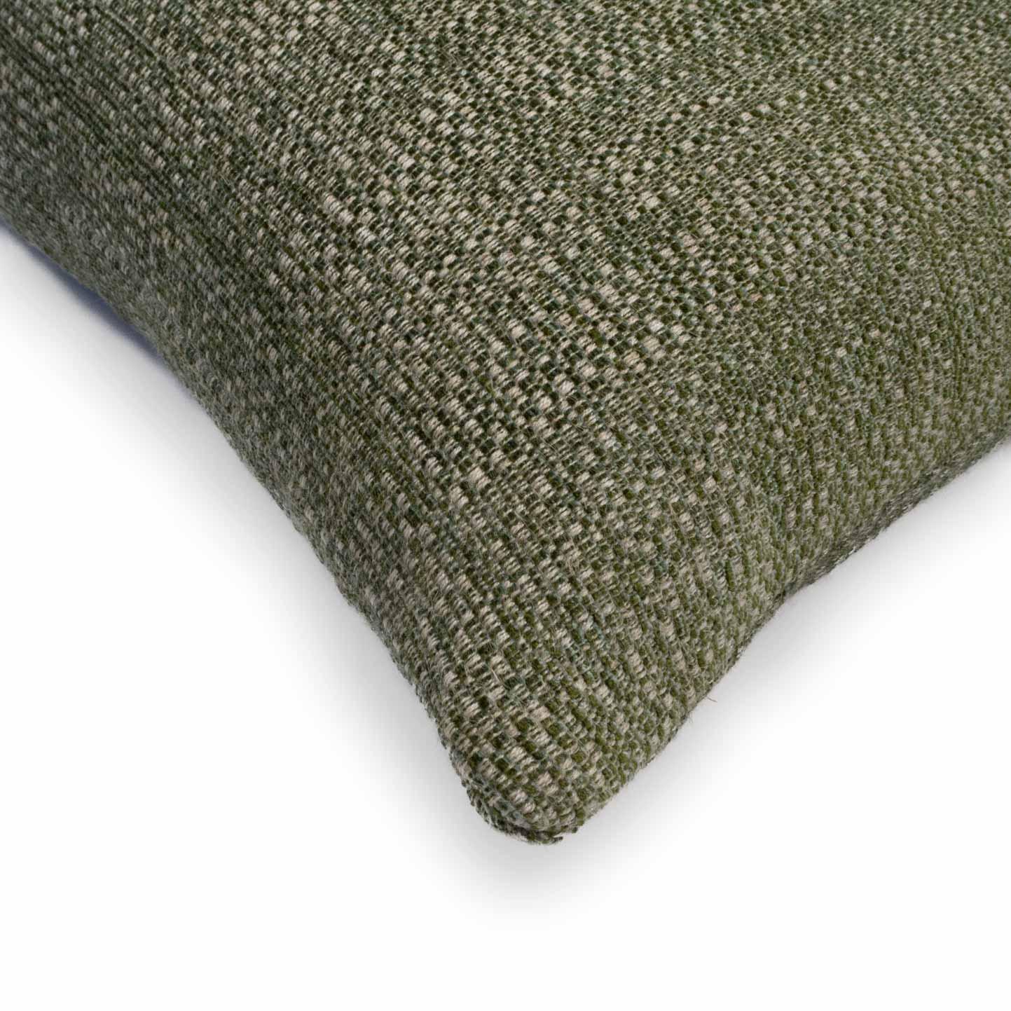 cushion-lorenzo-pistache-side
